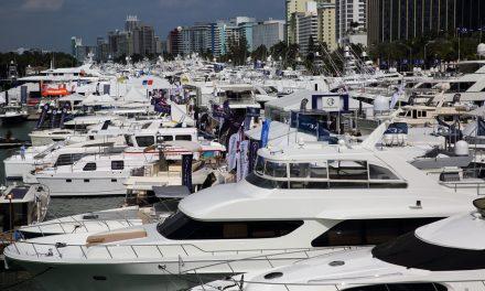 Edição 2019 do Miami Yacht Show acontece em novo local em Biscayne Bay