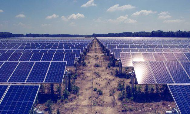 Pelo 5º ano consecutivo, mundo investe mais de $300 bilhões em energias renováveis em 2018