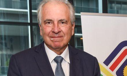 Rubens Menin recebe BACCF Excellence Award