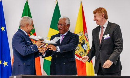 Portugal assina contrato para aquisição de cinco aviões multimissão KC-390