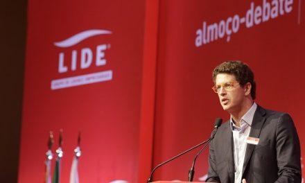 'Governo Bolsonaro tem tolerância zero com crimes ambientais', diz Salles