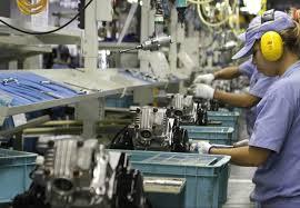 Brasil perdeu mais de 300 mil empresas nos últimos quatros anos; crise contribui para os números, mas empresários precisam ficar atentos