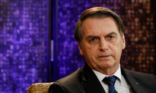 Pronunciamento de Jair Bolsonaro no Brasil e pacote de estímulos de $2 trilhões nos EUA