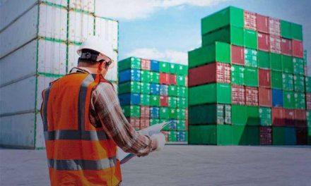 Icomex: China e agropecuária sustentam as exportações brasileiras enquanto as importações caem com a recessão