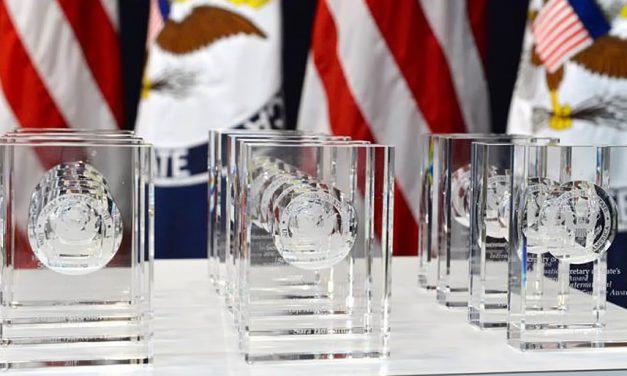 Secretário de Estado, Antony J. Blinken, será anfitrião da Cerimônia Virtual de Premiação